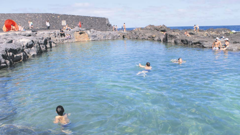 Piscina natural de jover un rinc n entra able del for Piscina natural tenerife
