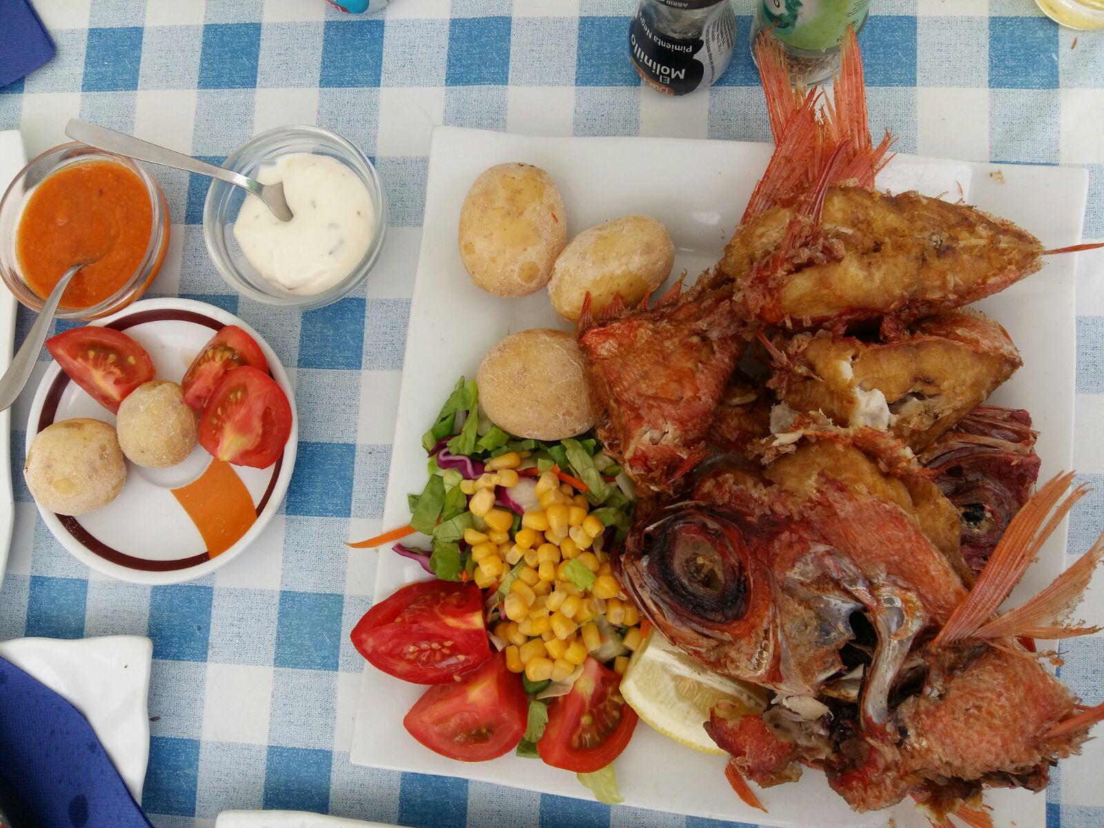2 pescadito Cofradía Caletillas