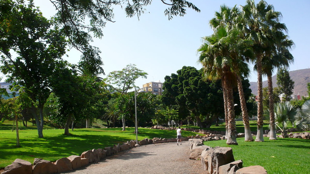 1200px-Parque_La_Granja