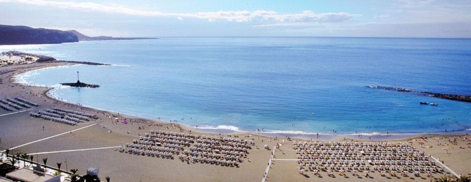 Playa de Las Vistas. Vía WebTenerife.com