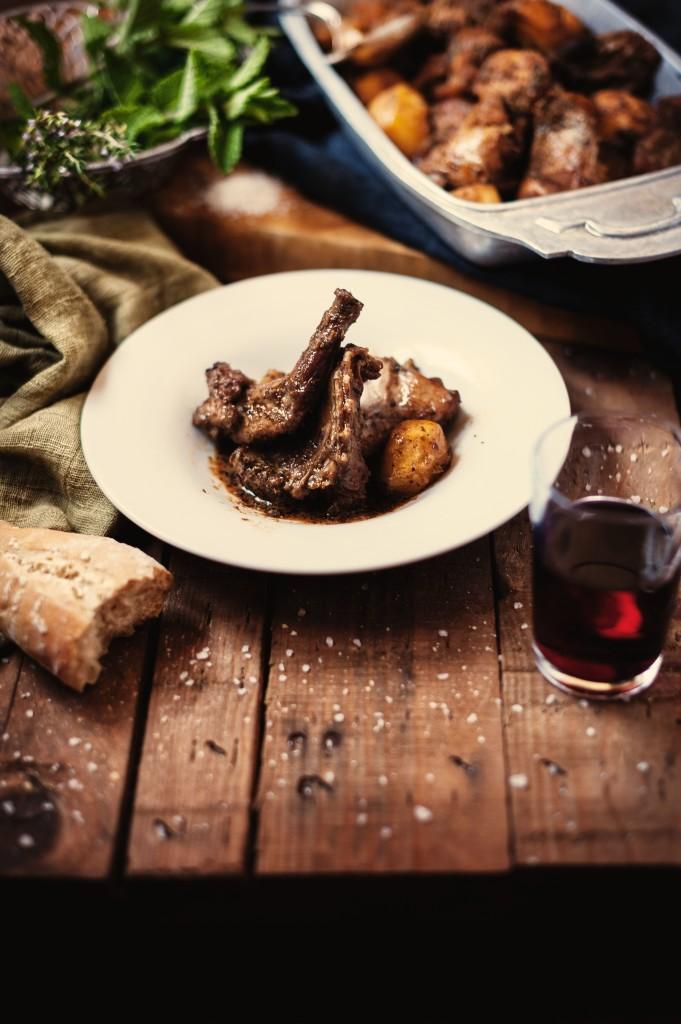 gastronomia_condumio_conejo_plato_JQN4305_alta